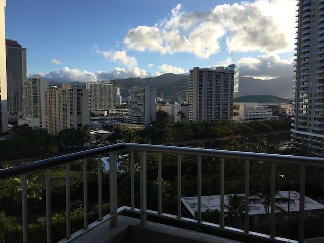 Waikiki Studio in perfect location