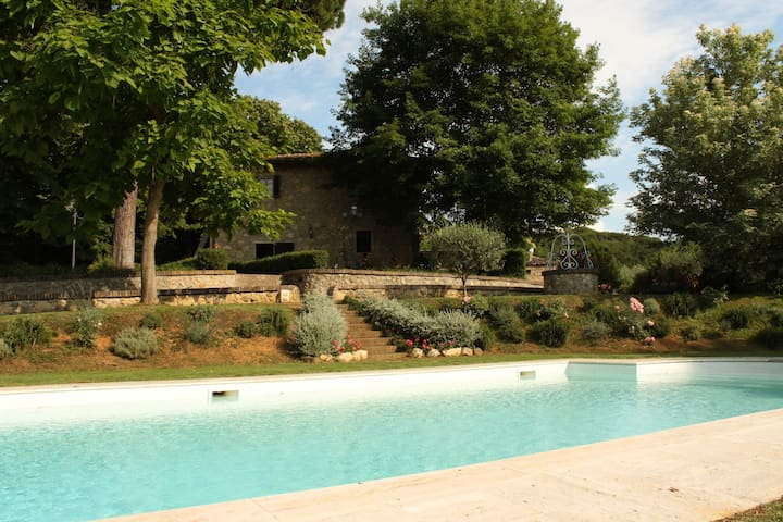 Rosa Holiday in Chianti