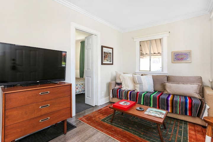 Perfect 1BR/1BA House in Eagle Rock