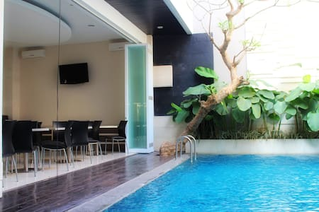 Stylish Cozy Room, Pool in Seminyak - Kuta - Bed & Breakfast