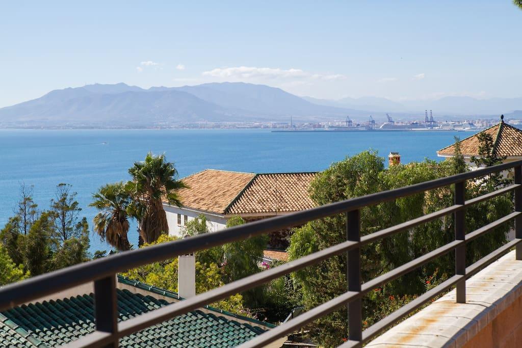 Vistas de La bahía de Málaga