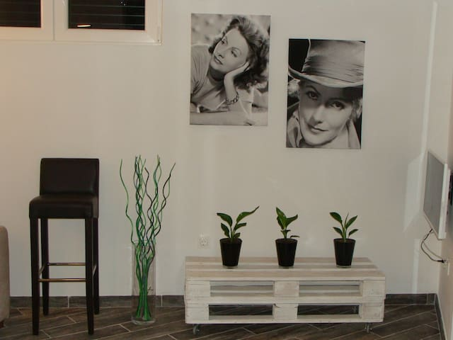 Apartman Greta irresistible - Pakoštane - Appartement