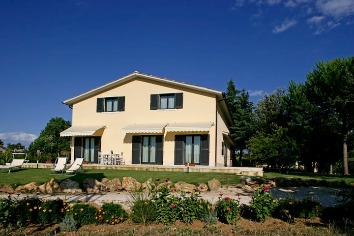 B&B  POGGIO BERTINO camera maremma - Saturnia - Bed & Breakfast