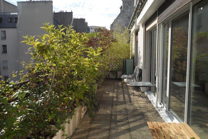 One bedroom flat + terrace / Etoile - Paris - Apartment