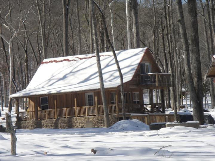Lazy G Cabin #3 Creek Side Cabin