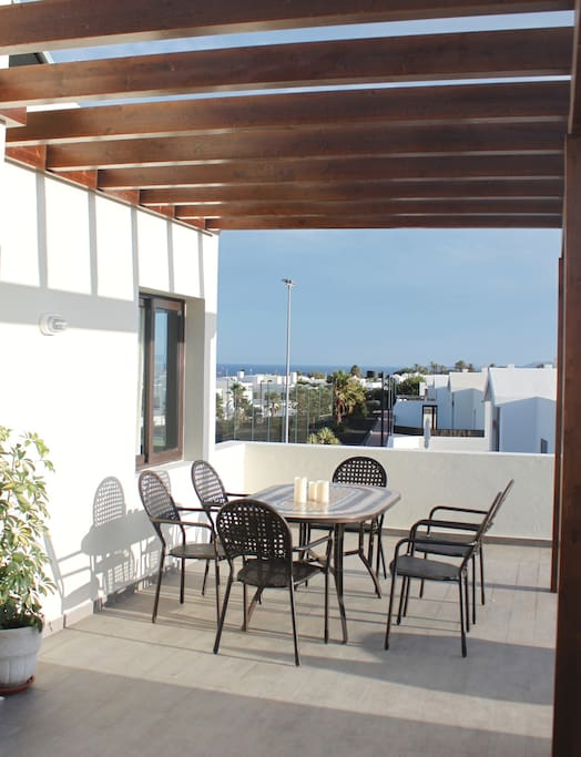 Roof terrace with seaview