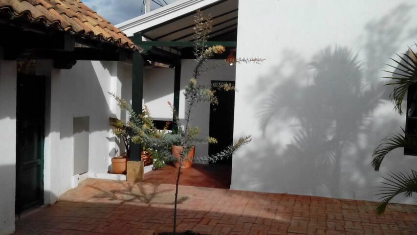 Aparta-Estudio Villa María Luisa - Villa de Leyva - Mökki