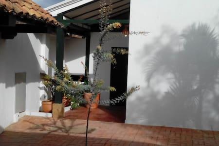 Aparta-Estudio Villa María Luisa - Villa de Leyva - Zomerhuis/Cottage