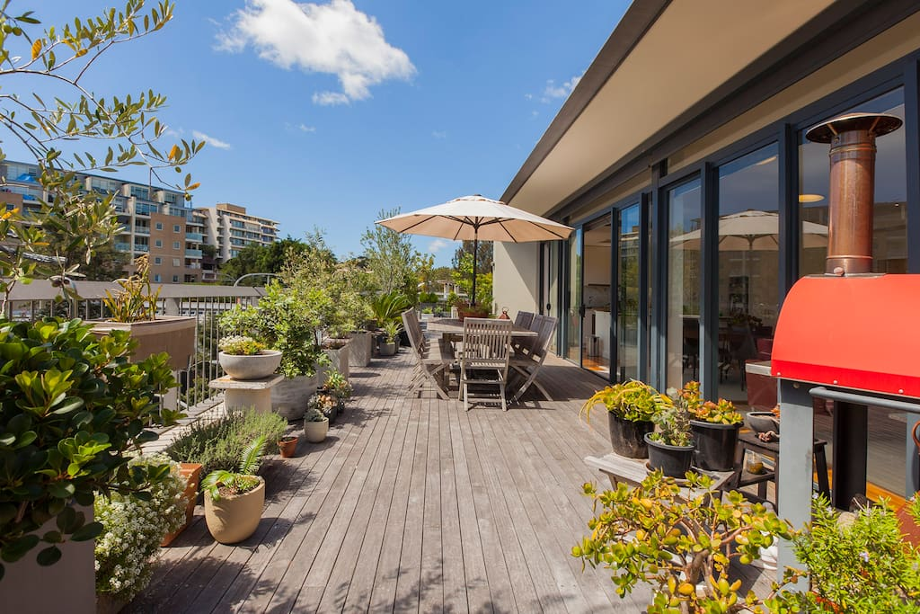 Beautiful sun-drenched terrace for your private enjoyment