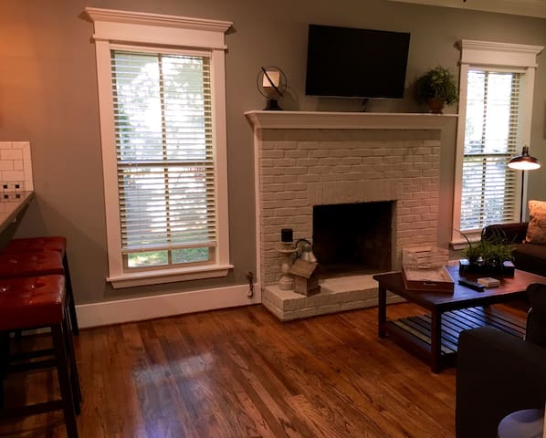 Charming home near downtown - Nacogdoches
