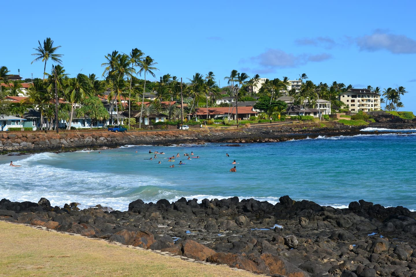 Brennecke's Beach just a 5 min walk from Sunset Kahili!  Great spot to boogie board or sun!