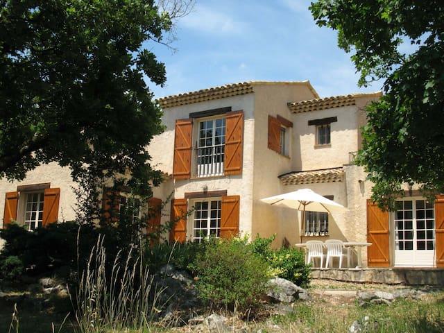 Villa provençale avec piscine - Saint-Vallier-de-Thiey - Villa