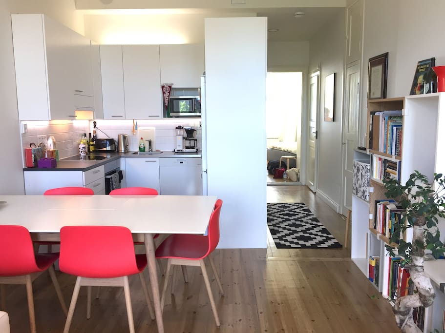 The apartment has been just fully renovated and kitchen is ready for your use – although there are multiple great restaurants within few blocks from here.