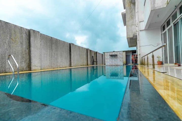 6bhk villa with pvt swimming pool