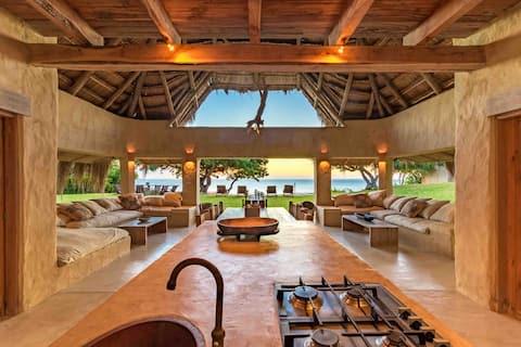 Mamas Lodge. Gelegen auf einer schönen Insel
