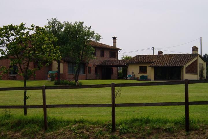 La Guastina - Fucecchio - Hus