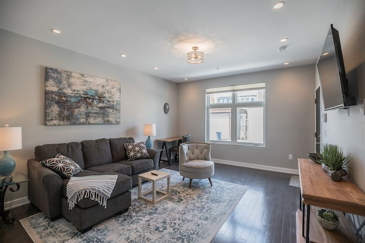 Two bedroom, two bathroom  home in Fairmount