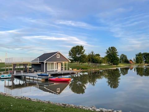 Privé Lakehouse op 5 hectare meer, geniet van de natuur!