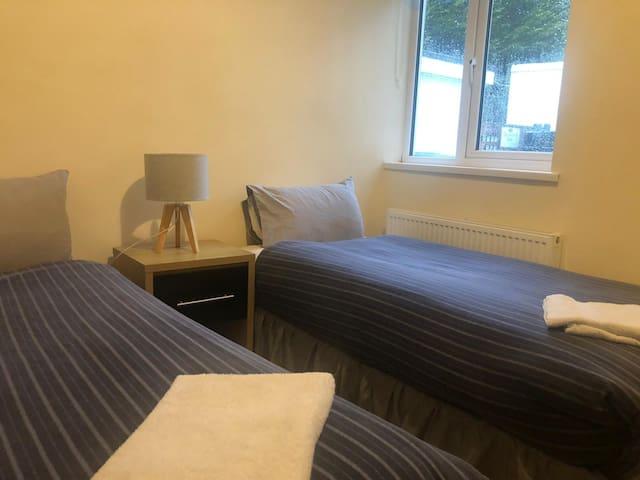 Comfy Cottage 3