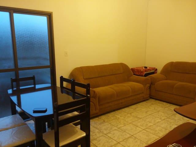 Apartamento simples e muito bem localizado - Ribeirão Preto - Lyxvåning