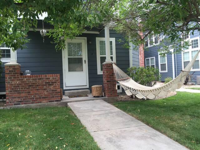 Cozy townhome betwn Denver &Boulder - เวสต์มินส์เตอร์ - ทาวน์เฮาส์