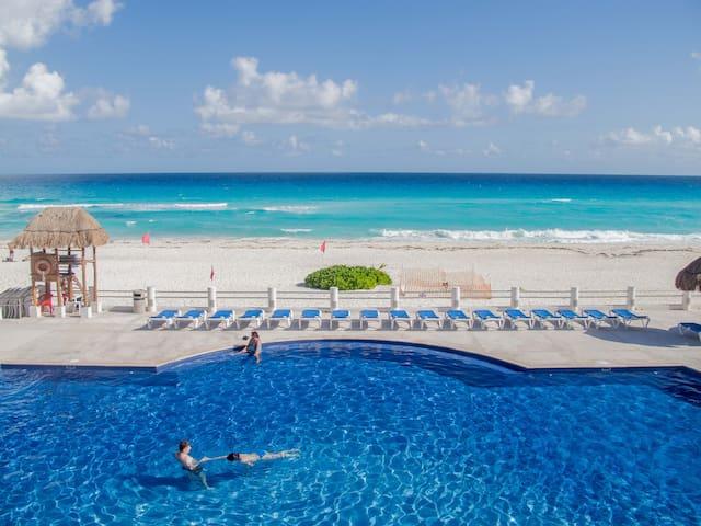 $1$MILLION DLS OCEANFRNT VIEW VILLA - Cancún - Villa