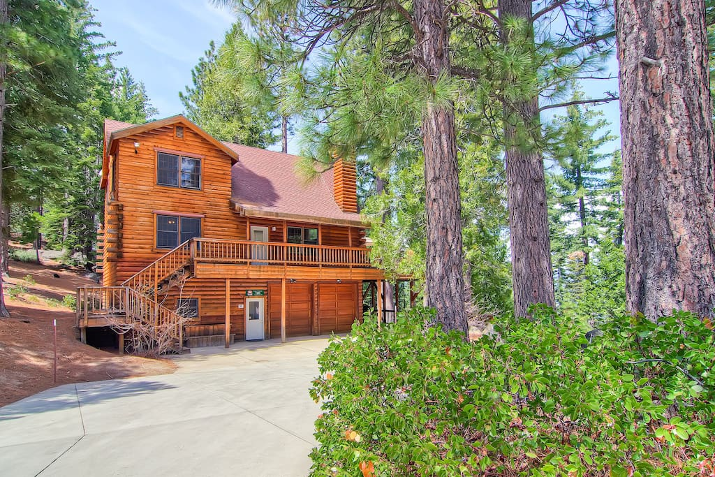 Yosemite 39 s scenic wonders cabin cottages for rent in for Yosemite national park cabin rentals