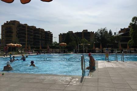 Signorile Attico Palestra/Piscina - Appartement