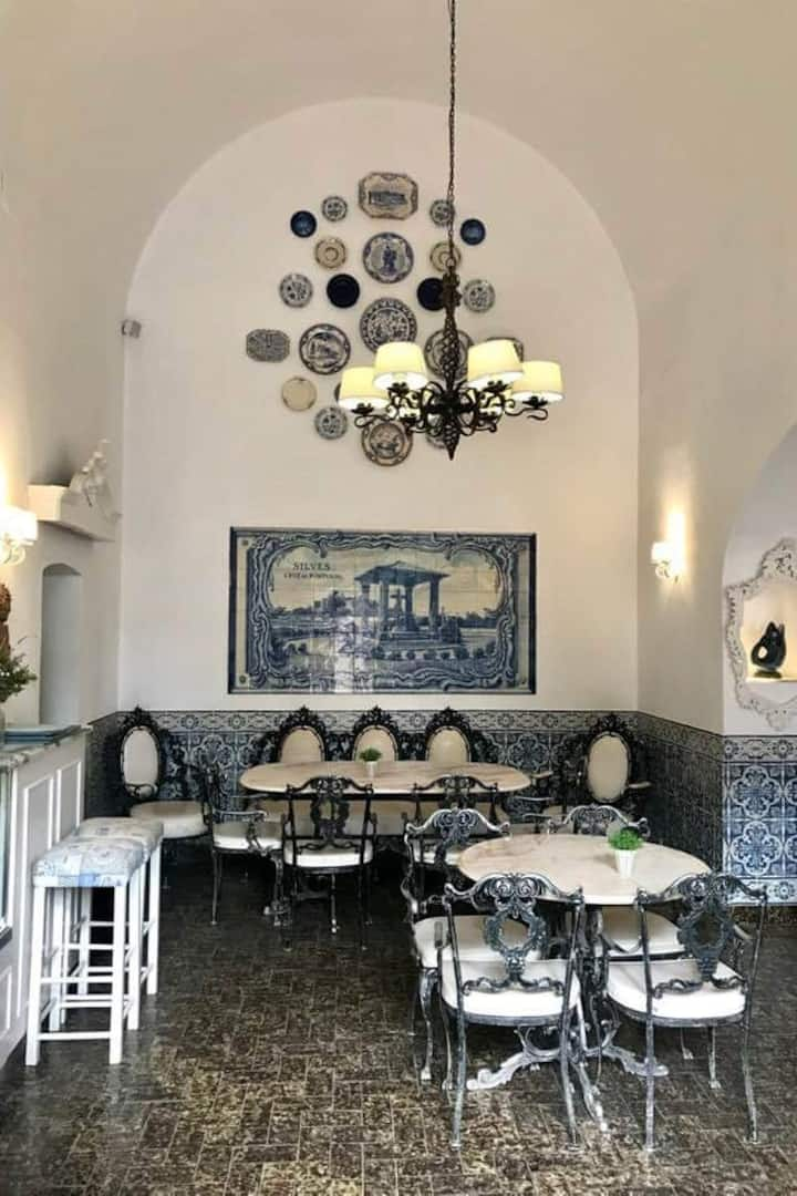 Gorgeous Coffee Shop hidden in Silves