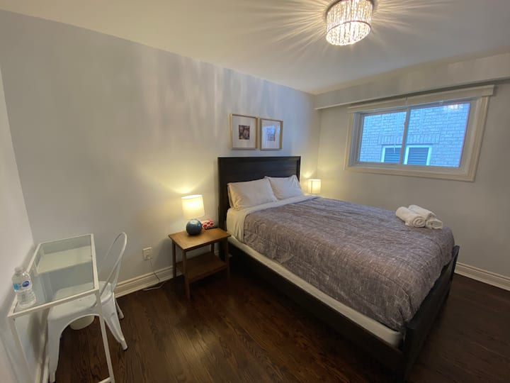 Yonge/Finch &N Cozy & Modern Private Bdrm