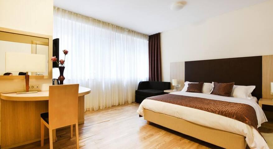 Scallop Rooms - Comfort Double Room - Zadar - Penzion (B&B)