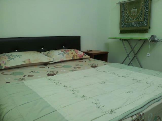 Homestay Seri Iskandar : Furqan Homestay - MY - House