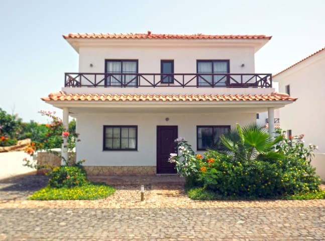 Elegant & Affordable Villa, swimming pool, 20 - Santa Maria - Villa