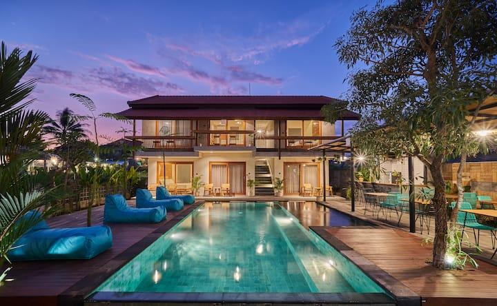 Beautiful Room Near Ubud Market - Large Pool