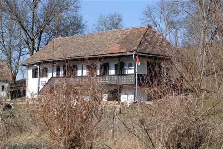 Időtlen kikapcsolódás és romantika - Veţca - Cottage