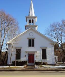 Renewed 1858 Meetinghouse - Kennebunk - Altres