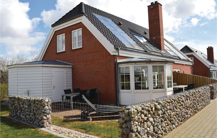 Semi-Detached with 3 bedrooms on 115m² in Rømø