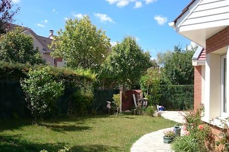MaisonBonheur - Voisins-le-Bretonneux