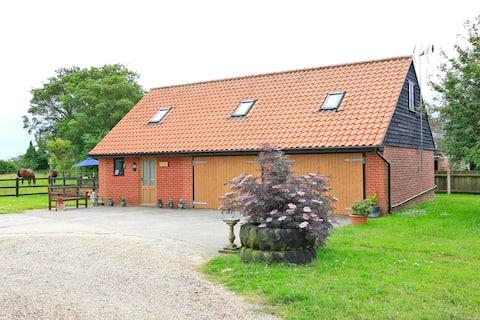 Hedge Lodge