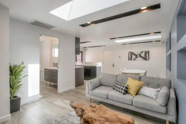 2 Bedroom House near SFO and Caltrain (New)