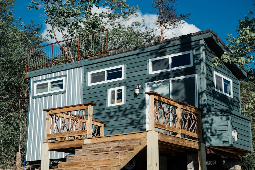Full size deck completes an outdoor living experience with special Mountain Laurel from Asheville, North Carolina.
