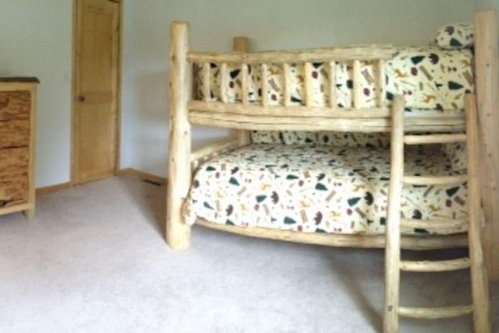 Twin Bunk Beds in Bedroom #3