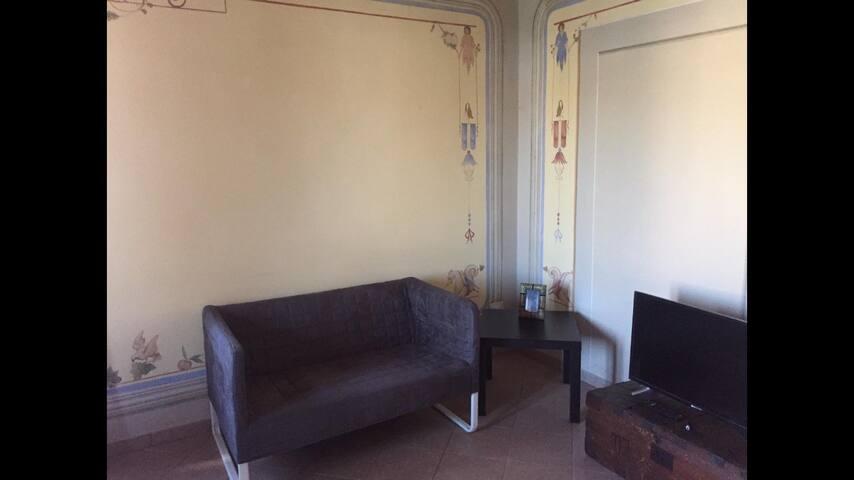 Appartamento Affrescato Via Francigena vd6