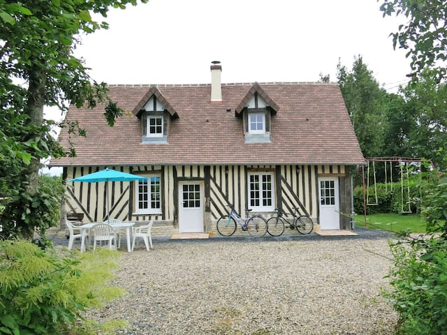 Holiday home in Le Mesnil-Mauger - Le Mesnil-Mauger - House