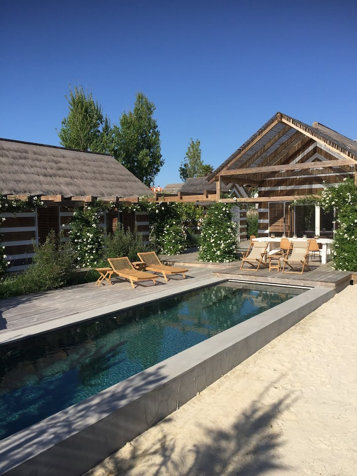Special Cabanas in wonderful garden with pool