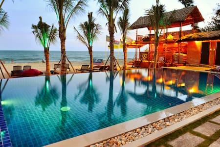 Ananda Beach Front Bungalow - Phan Thiet - Bungalow