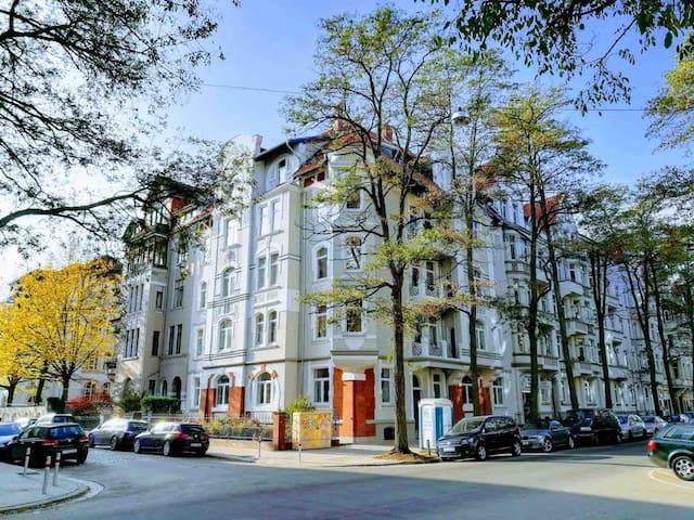 Cosy flat/gemütlicher Altbau; Welcome to Hannover!