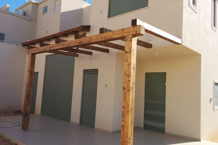 New House, 25 mins from Tel Aviv - Gedera - Ház