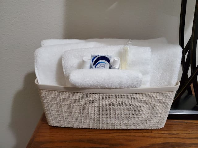 Clean towels and amenities.