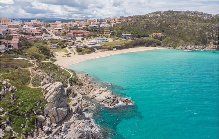 Holiday apartment with 2 bedrooms on 65m² in Santa Teresa Gallura